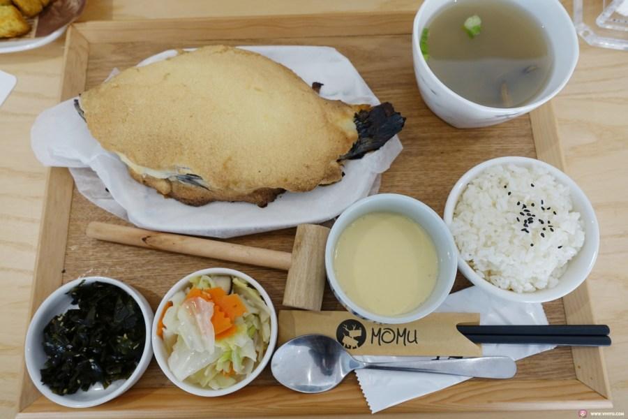 [台中美食]萌木之村MOMU~中科商圈新開的複合式餐廳.白天夜晚有著不一樣美.拍照打卡新地標 @VIVIYU小世界