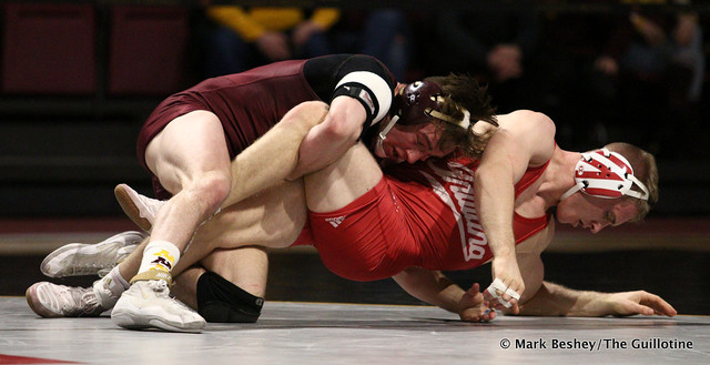 157: #8 Steve Bleise (Minnesota) dec. Jake Danishek (Indiana) 8-3. 190217AMK0082