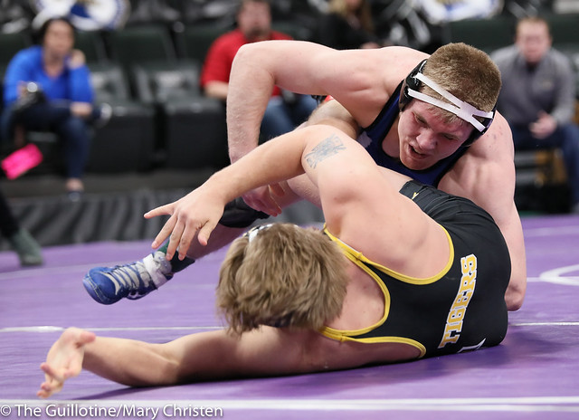 182AA Semifinal - Patrick Kennedy (Kasson-Mantorville) 46-0 won by major decision over Christian Kurth (Hutchinson) 41-3 (MD 16-5). 190302AMC3364