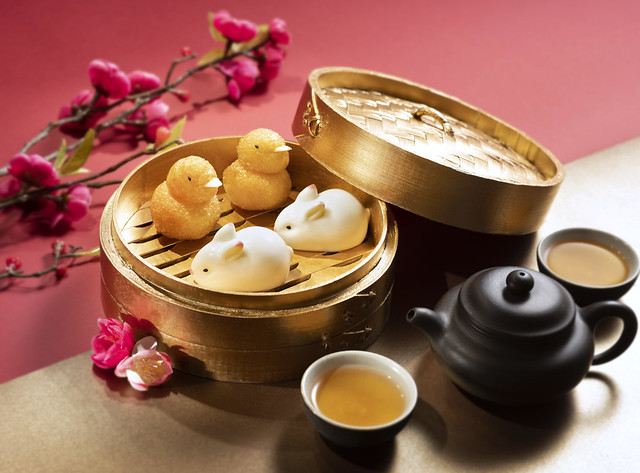 Man Ho CNY Dish - Cream Pudding with Coconut Milk & Deep-Fried Puffs with Sweet Lotus Puree 2