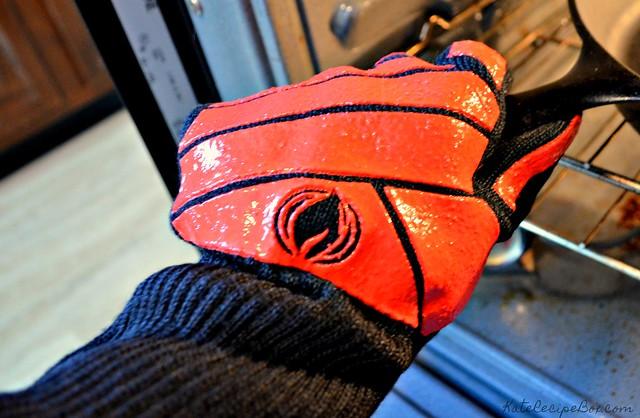 Cave Tools Glove 3