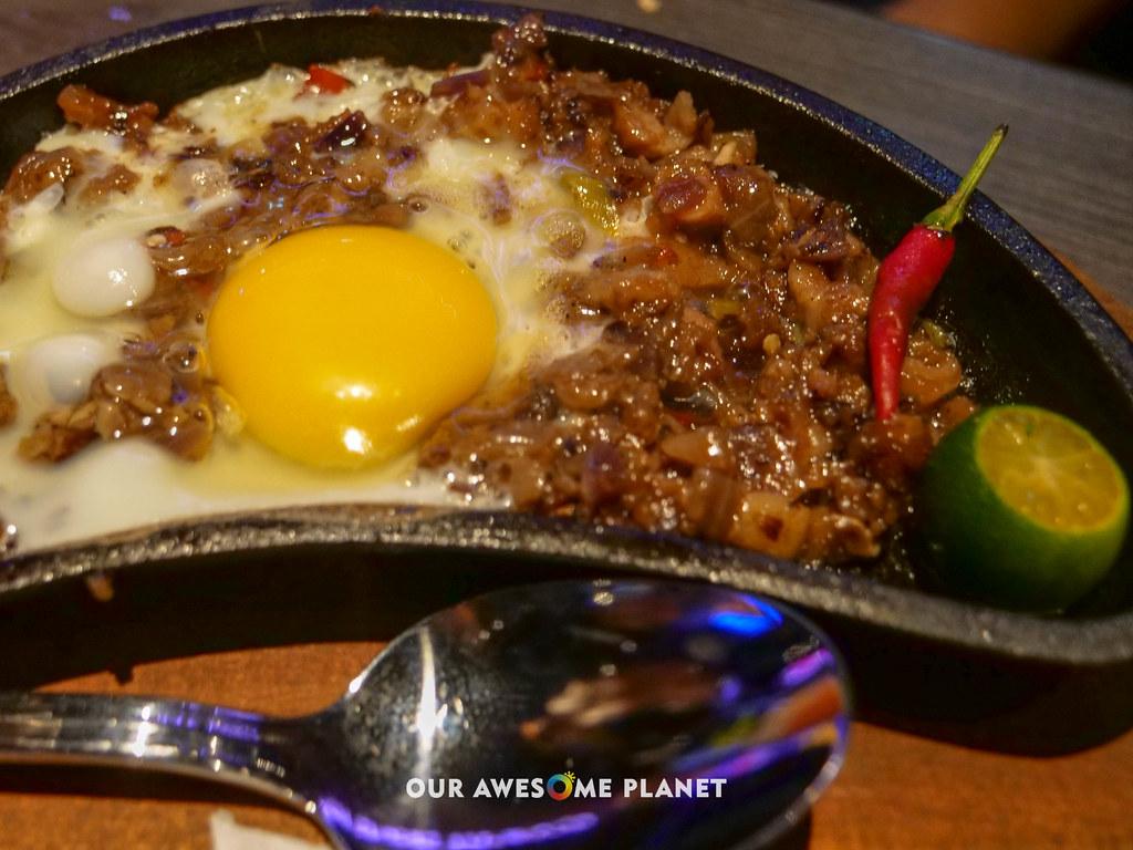 Hard Rock Cafe Manila-35.jpg