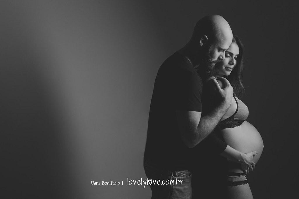 danibonifacio-lovelylovefotografia-ensaiogestante-gravida-estudio-externo-ensaiogravida-bookfotografico-newborn-balneariocamboriu-bombinhas-portobelo-itajai-itapema-blumenau-gaspar-14