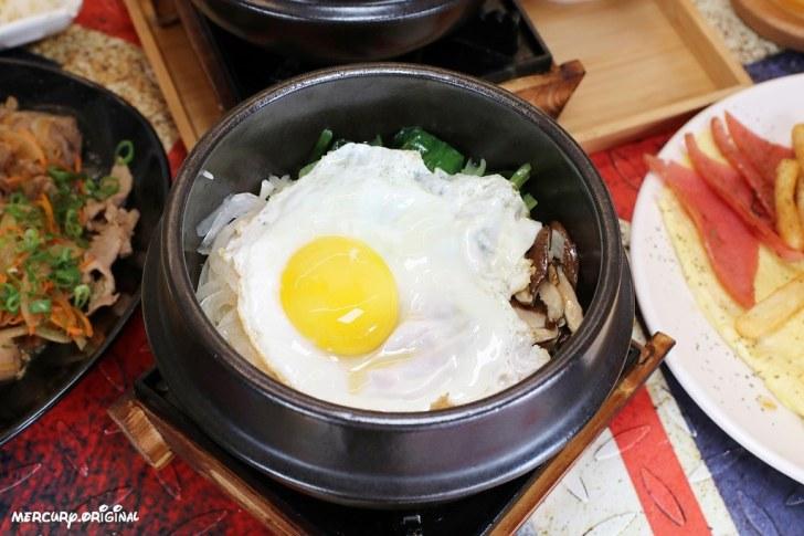 39710373643 56969ffbe6 b - 熱血採訪|台中少見韓式平價早午餐,老闆娘從韓國首爾來台,早餐就能吃到道地韓式拌飯部隊鍋
