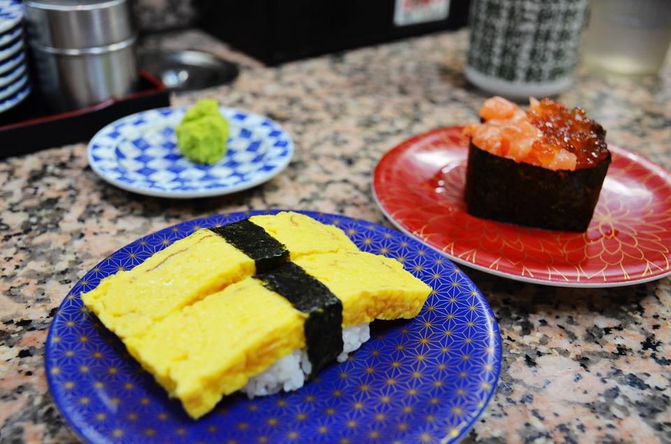 美國村迴轉壽司市場17.JPG