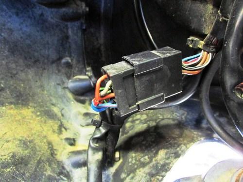 Fairing Sub-harness Connector