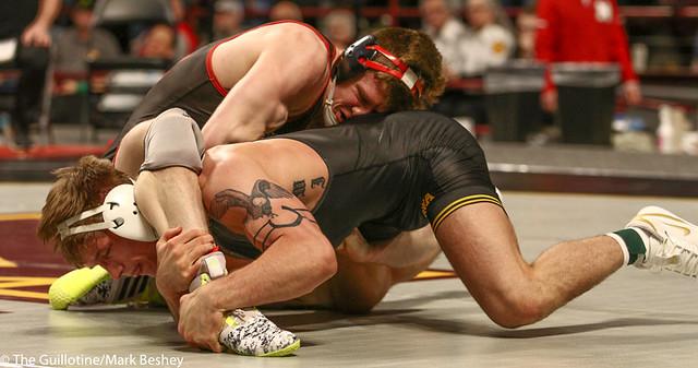 Cons. Semi - Tyler Venz (Nebraska) 21-7 won by decision over Cash Wilcke (Iowa) 21-6 (Dec 6-4) - 190310cmk0082