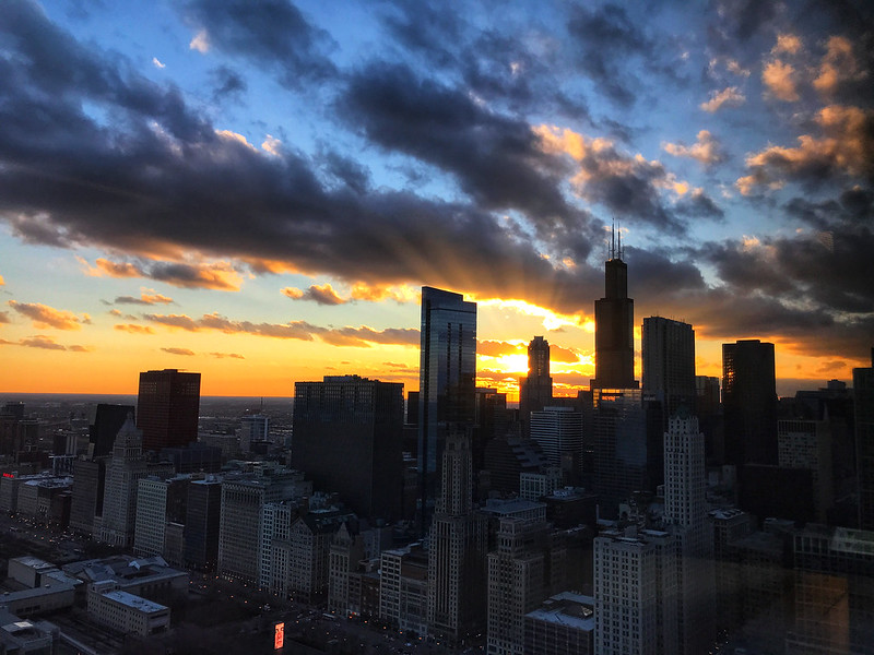 Sunset with rays in downtown Chicago
