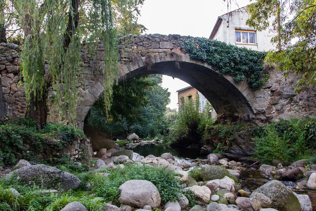 Puente de la Fuente Chiquita rio Ambroz Juderia Hervas Caceres 01