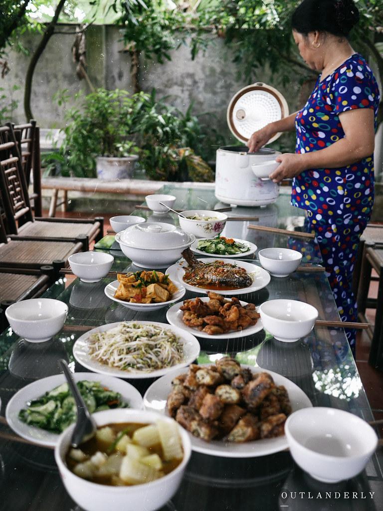 Lunch at Viet Farm trip homestay