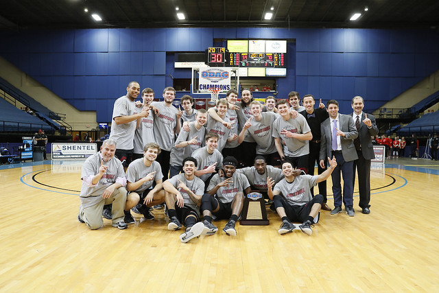 2019-02-24 Guilford MBB Team with Trophy (Keith Lucas Photo)