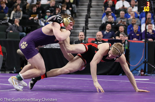 160AA Semifinal - Cade Mueller (Waconia) 50-2 won by decision over Reese Kapsner (Pierz) 38-6 (Dec 7-3). 190302AMC3314