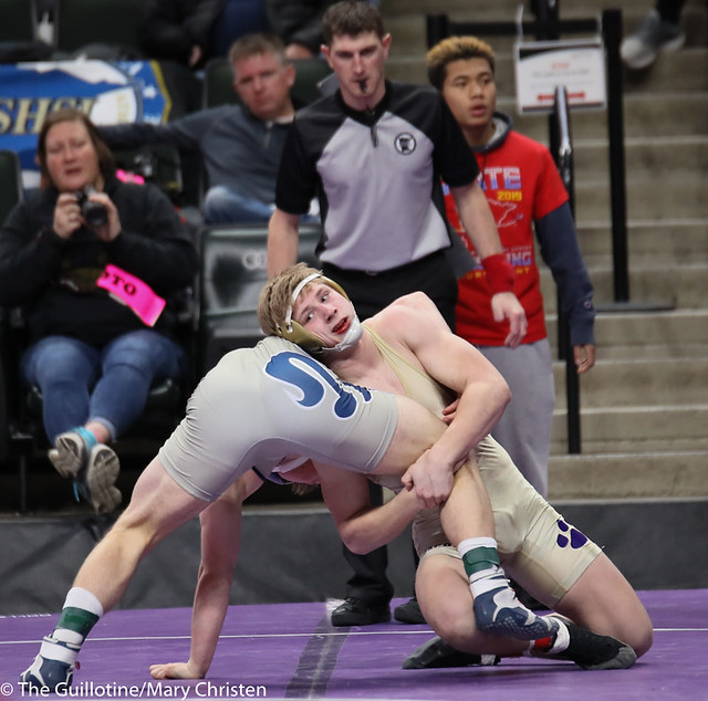 170AA 5th Place Match - Mitch Garnatz (Waconia) 43-13 won by decision over Eli Hunt (St. Peter) 32-10 (Dec 5-1). 190302BMC3798