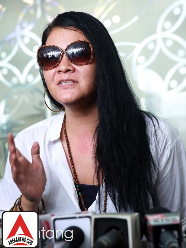 #Gosip Top :Cerai Lagi, Melanie Subono Tak Anggap Sebagai Kegagalan