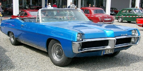 1967 Pontiac onneville