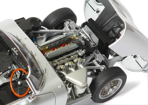 xke-motore2
