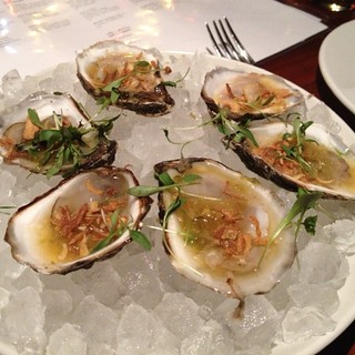 raw oysters @ Sway