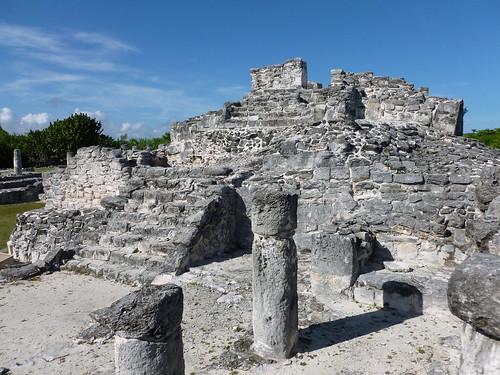 Mayan ruins at El Rey, Mexico