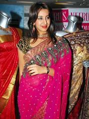 South Actress SANJJANAA PHOTOS SET-3 (15)