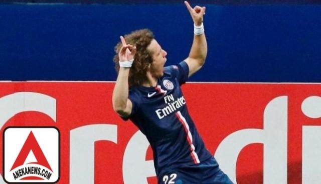 #Bola: Panik Belum Dapat Bek, Chelsea Berusaha Pulangkan David Luiz