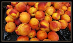 Wednesday Markets fresh peaches for sale-1=