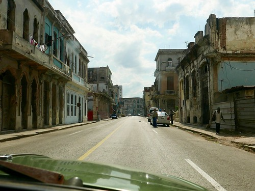 """Old Havana • <a style=""""font-size:0.8em;"""" href=""""http://www.flickr.com/photos/95965052@N03/30184469402/"""" target=""""_blank"""">View on Flickr</a>"""