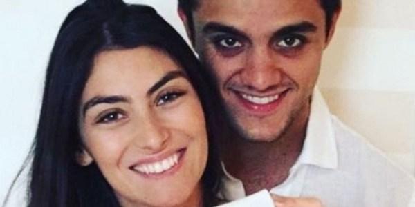 """Felipe Simas e a mulher anunciam que terão mais um bebê: """"Menina"""""""