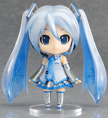 """Nendoroid Snow Miku 2010 • <a style=""""font-size:0.8em;"""" href=""""http://www.flickr.com/photos/66379360@N02/7460035562/"""" target=""""_blank"""">View on Flickr</a>"""