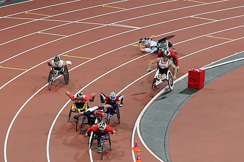 Julien Casoli falls and David Weir challenges for the lead in the final of the men's T54 800m at the London 2012 Paralympic Games