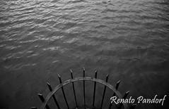 Lost on ripples