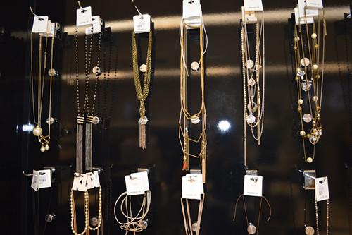 colares, colares, colares, em múltiplas escolhas