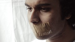Mouth wide shut