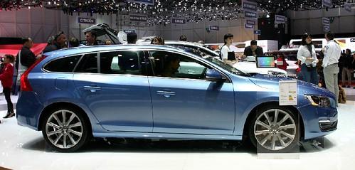 Volvo V60 D5