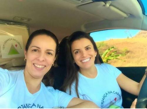 Renata e Érica, a caminho de Lajinha