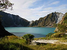 220px-Mount_Pinatubo_20081229_01