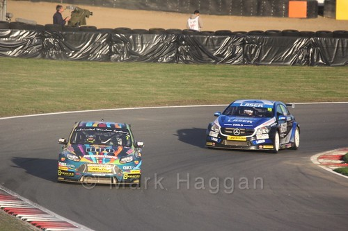 Mat Jackson leads Aiden Moffat during the BTCC Brands Hatch Finale Weekend October 2016