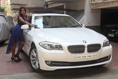 Actress Sanjjanaa with her own BMW 5 series (1)