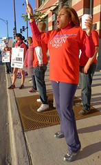 Chicago Teachers Union members picket Monday m...