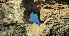 """Das Loch. Die Löcher. Im Felsen ist ein Loch. • <a style=""""font-size:0.8em;"""" href=""""http://www.flickr.com/photos/42554185@N00/28836605863/"""" target=""""_blank"""">View on Flickr</a>"""