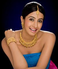 South Actress SANJJANAA Photos Set-11 (7)