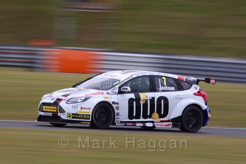 Mat Jackson in Touring Car action during the BTCC 2016 Weekend at Snetterton