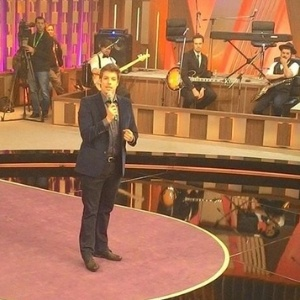 """""""O mundo vive sem a Globo"""", diz Fábio Porchat sobre talk show na Record"""