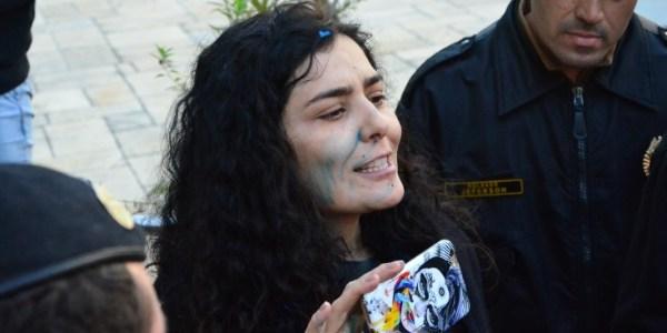 """Após ser hostilizada, Leticia Sabatella desabafa: """"Não sabem o que fazem"""""""