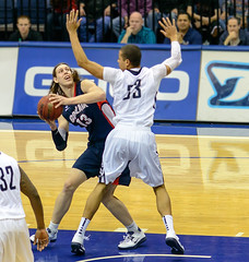 USD Toreros vs Gonzaga Bulldogs 02-02-13 Kelly...