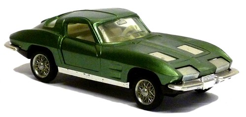 28 Auto Pilen Corvette 63