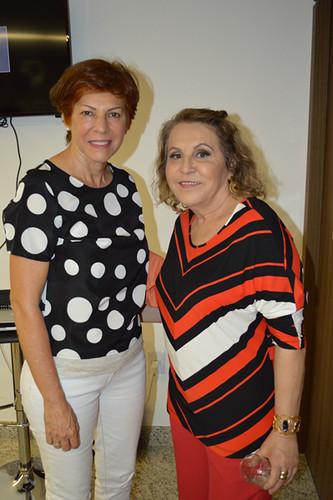 Ângela Miranda e a tia Amélia de Cybelle, médica pediatra