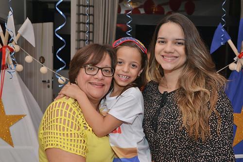 Tia Cássia, Marcela e Fernanda
