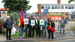 Remploy Norwich picket front entrance this morning