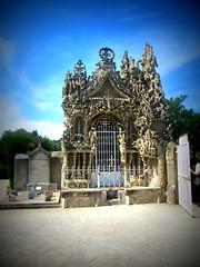 grave of Ferdinand Cheval, cemetery in Hauterives,France