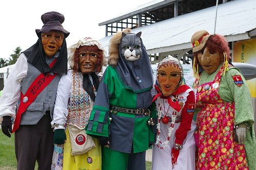 8.11.2012 - minnesota garlic festival in hutch...